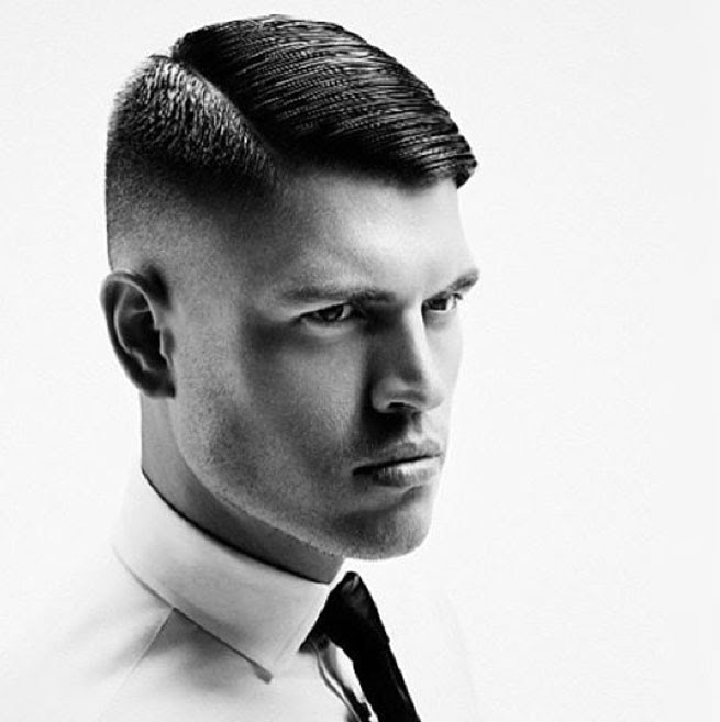Manner Frisur Seitenscheitel Undercut Modische Lange Frisuren