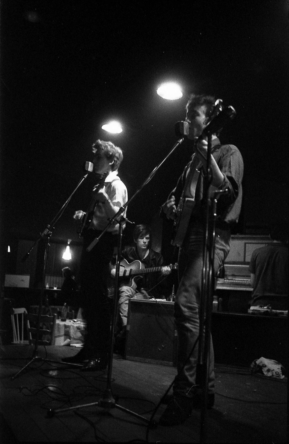 """Stuart Sutcliffe, a breve vida de um pintor talentoso e um baixista medíocre, o """"quinto Beatle"""" 09"""