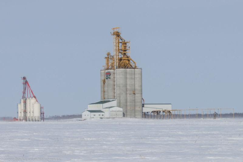 Red River South grain elevator near Letellier