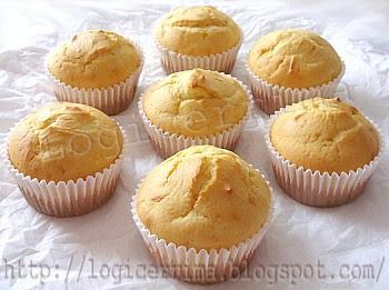 [ Muffins con Ricotta ]