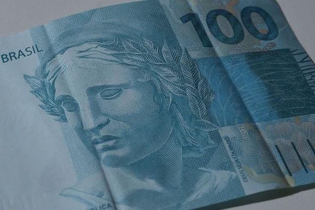 Sem ministro, MEC anuncia investimento de R$ 250 milhões em universidades federais