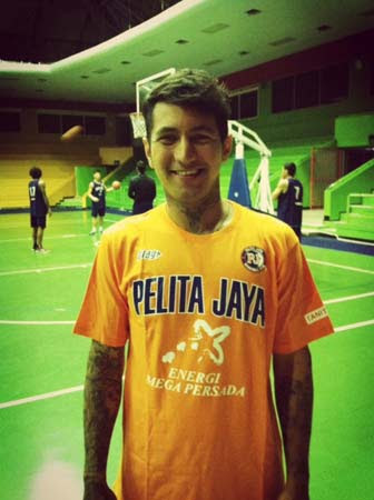 http://www.nblindonesia.com/v1/newsphotos/large/3647/national_basketball_league_pj_kelly_purwanto.jpg