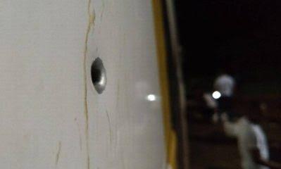 Resultado de imagem para Caravana de Lula é vítima de uma emboscada no Paraná