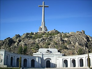 Frontal view of the Valle de los Caídos and Sa...