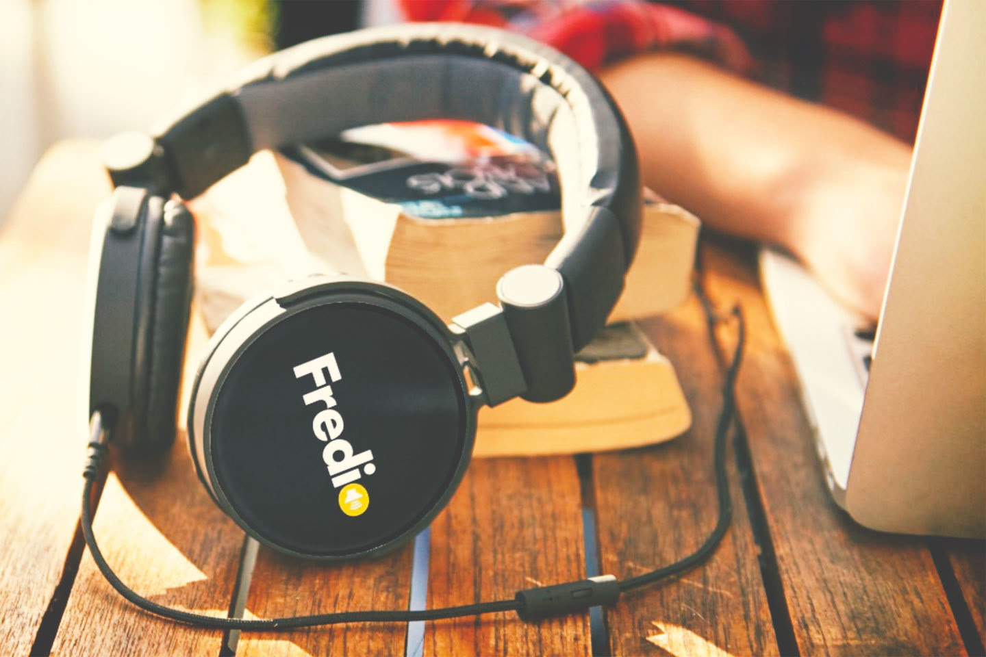 fredio headphone