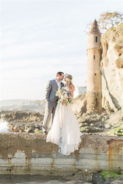 Styled Shoot: Beach Wedding Inspiration   Exquisite Weddings