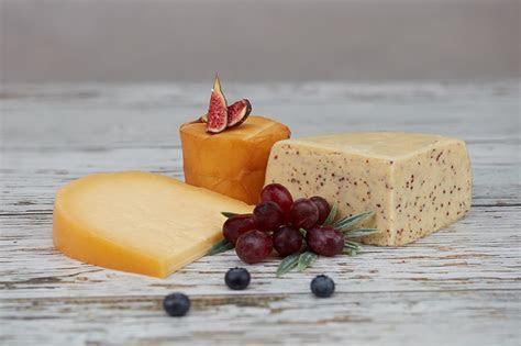 Pembroke Cheese Celebration Cake Taster Box   The Welsh