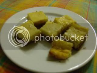 quadrados de cheesecake com maracujá