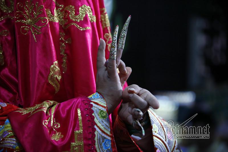 Nghi thức mở phủ, trình đồng trong tín ngưỡng thờ Mẫu
