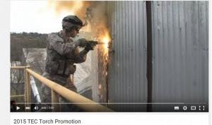 Armeija leikkaa teräkseen oven
