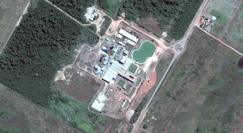 Frigorífico JBS em Santana do Araguaia, Pará. Fonte: Google Earth