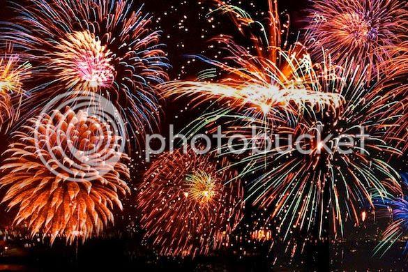 photo fireworks_zpsn9wwzz6w.jpg