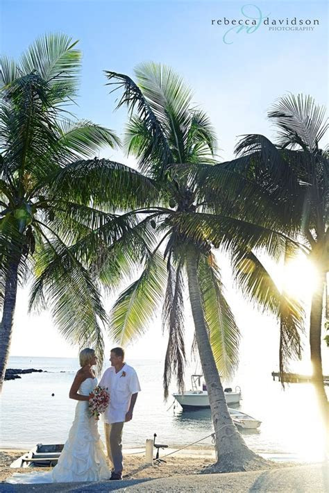 Grand Cayman wedding couple by Rebecca Davidson