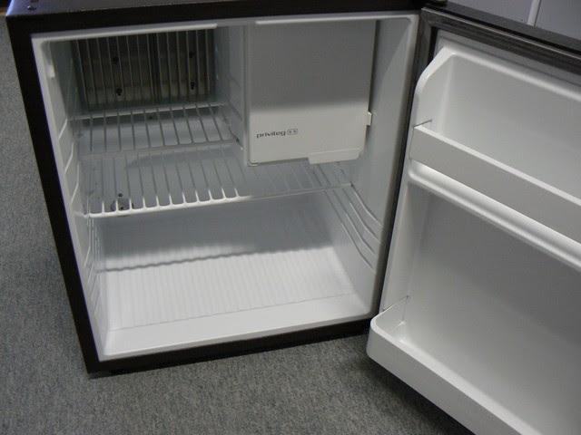 Kleiner Kühlschrank Gebraucht : Electrolux mini kühlschrank electrolux mini kühlschrank