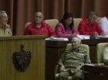 Raul Castro, presidente cubano, habla en el acto de clausura del parlamento . Foto: Ismael Francisco/Cubadebate.