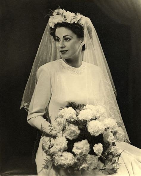 Late 1940?s bride Manchester, England   weddings suck