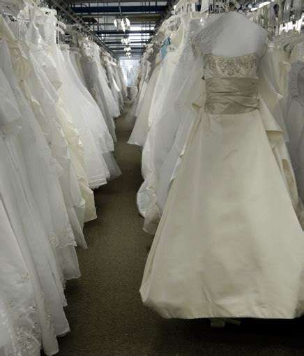 Wedding Dress Preservation Rochester   Tailoring NY