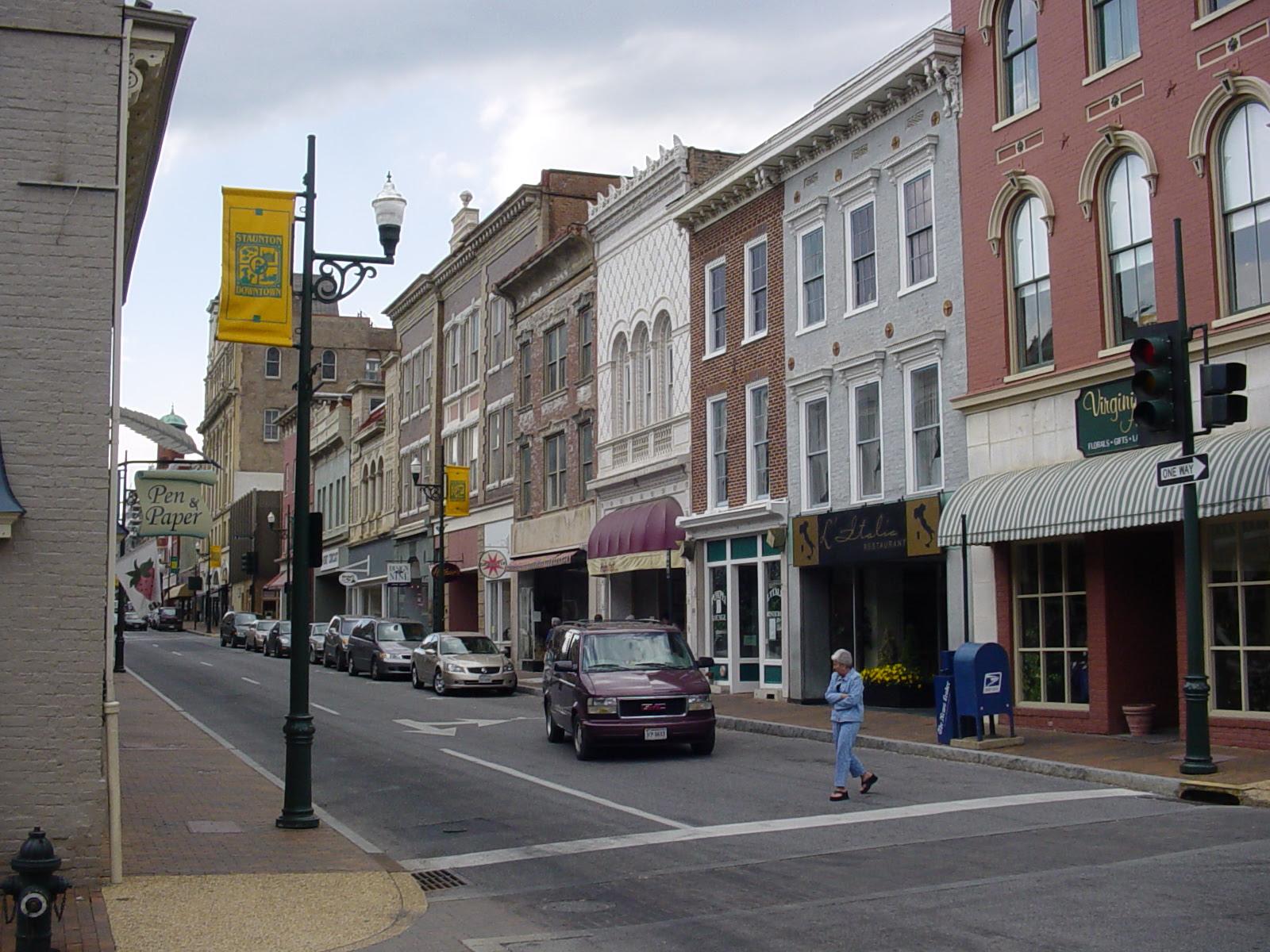 Bird's eye view of Staunton, Commonwealth of Virginia