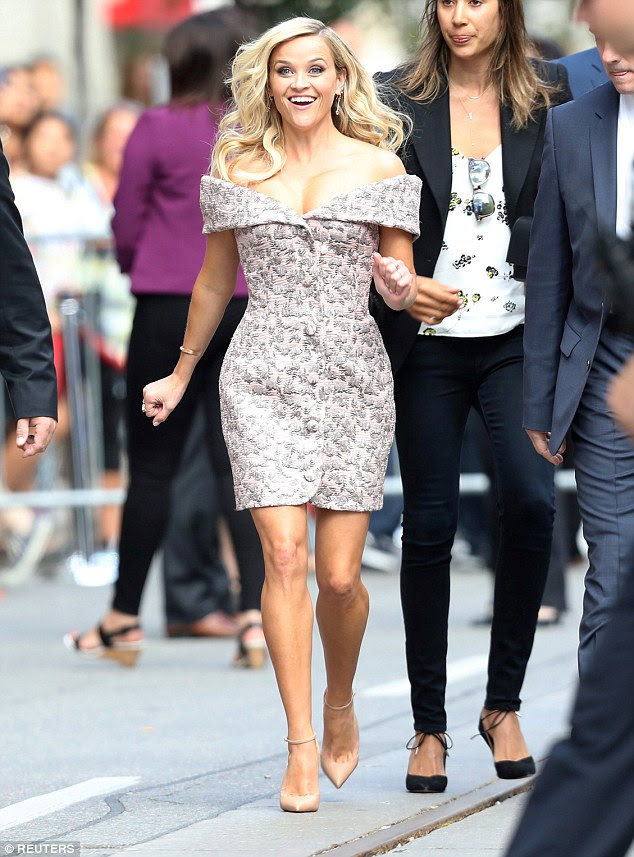 On the run: The obviously delighted star dashed off to see someone she spotted at the event