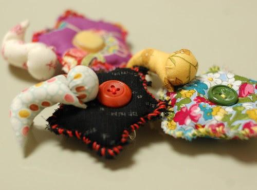 Bobo flower brooch