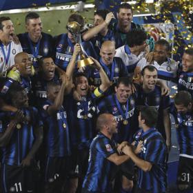 FÚTBOL-Inter el campeón del mundo