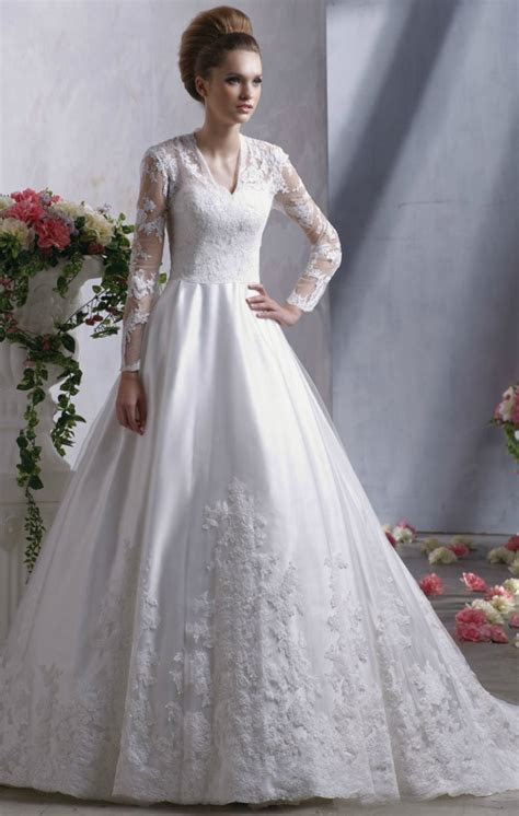 Kate middleton style wedding dress   Luxury Brides