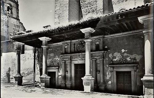 Convento de Santo Domingo el Real (Toledo) a principios del siglo XX. Foto J.Cebollero hacia  1957
