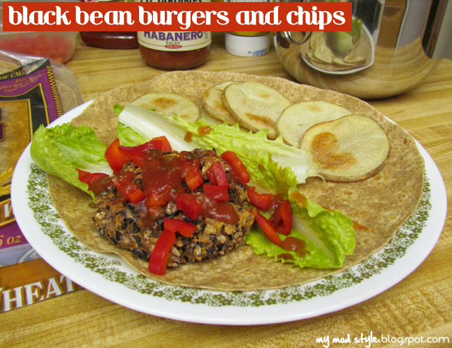 Meal black beans and chips