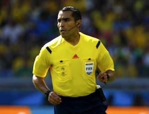 Marco Rodriguez árbitro de Belgica x Argelia (Foto: Agência Reuters)