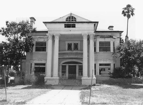 Beckett Residence