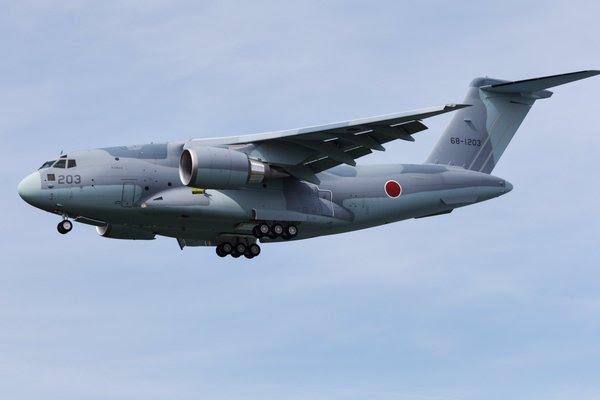 Kawasaki C-2 (68-1203) avión de transporte militar (c) flyteam.jp