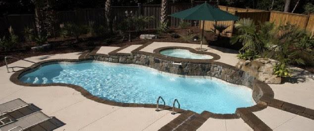12 Fantastic Home Pools