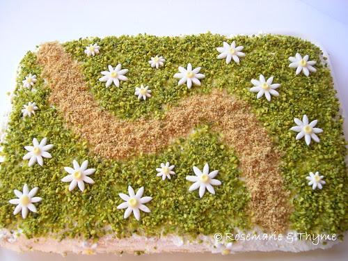 DSCN8242 - torta prato fiorito