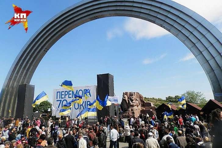 Празднование 70-летия Победы в Киеве. Фото: Ульяна СКОЙБЕДА