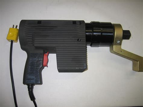 electric torque wrench wikipedia