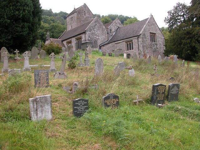 File:Part of the graveyard of the Old Church Penallt - geograph.org.uk - 473866.jpg