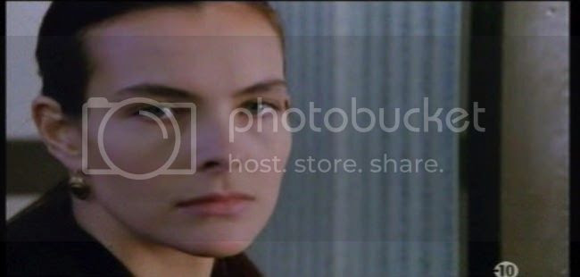 photo carole_bouquet_special_police-1.jpg