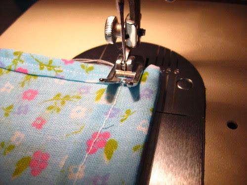Embalagem: Para passar o cordão