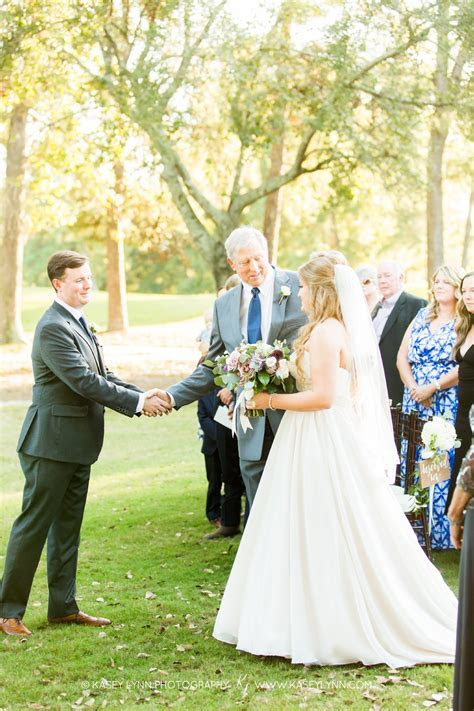 The Woodlands Country Club Wedding: Meredith   Steve