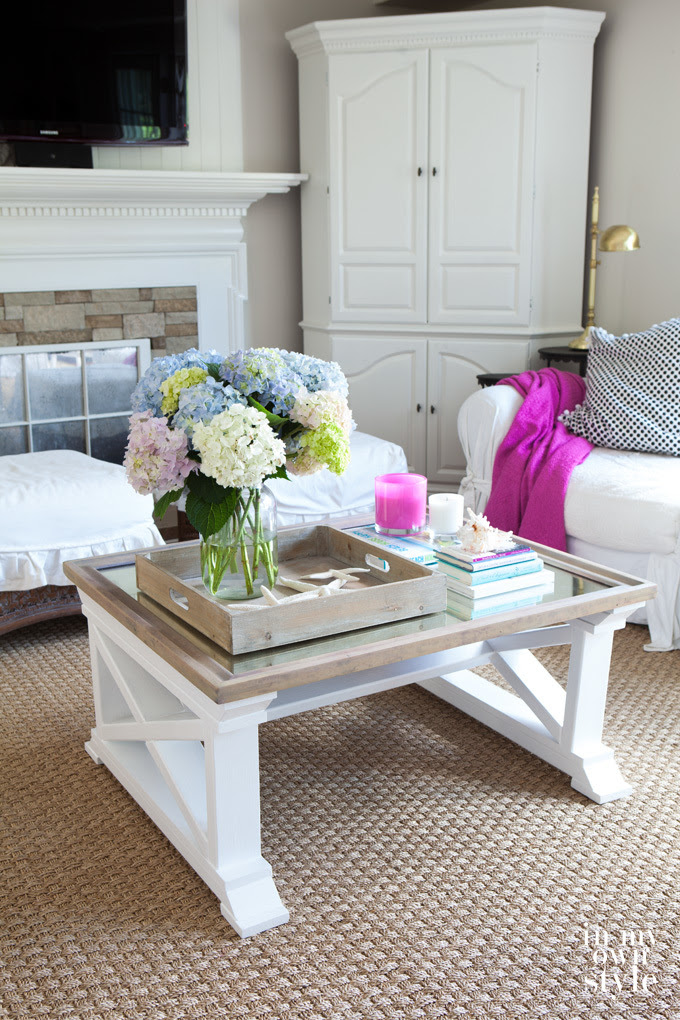 http://www.ana-white.com/2015/11/free_plans/fancy-x-coffee-table-featuring-my-own-style