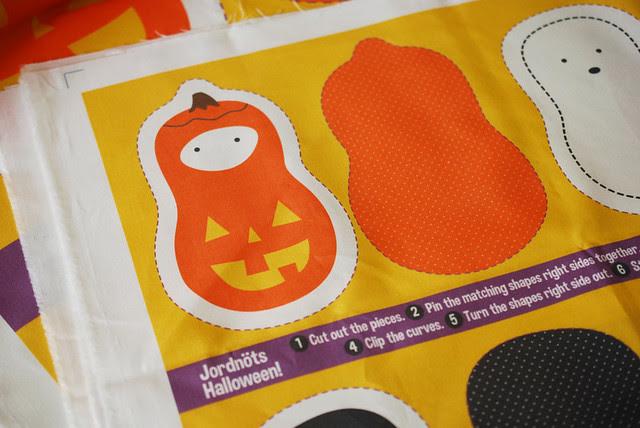 Halloween Jordnöts Fabric