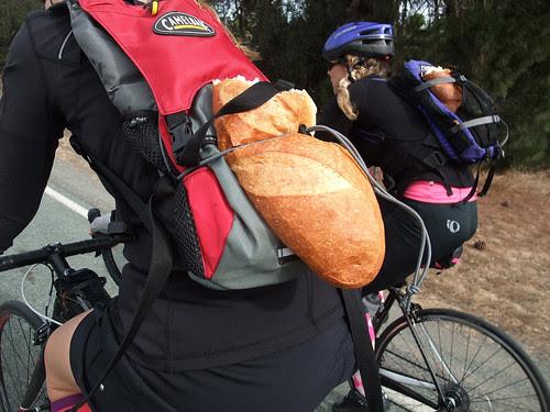 Giro d' Vino 2013 bread girls