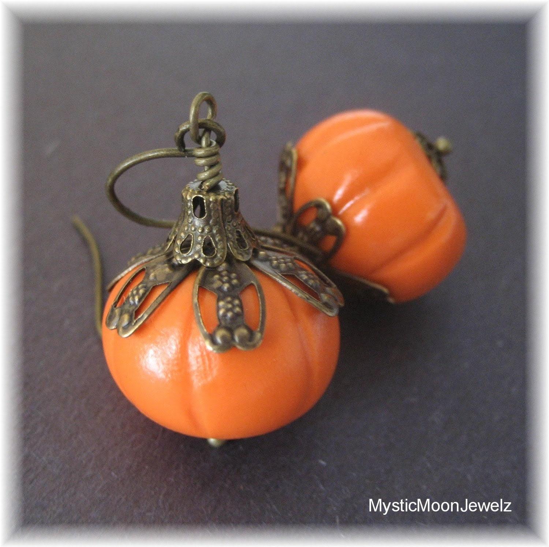 FREE SHIPPING  Antique Brass Sculpted Pumpkin Earrings