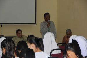 Pengerusi Bahasa Ranau , Cikgu Mahmud Jahar memberi kata alu-aluan...