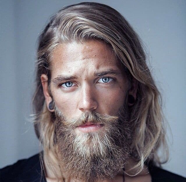 10 Coolest Beard Models in 2019 : Check Them Out