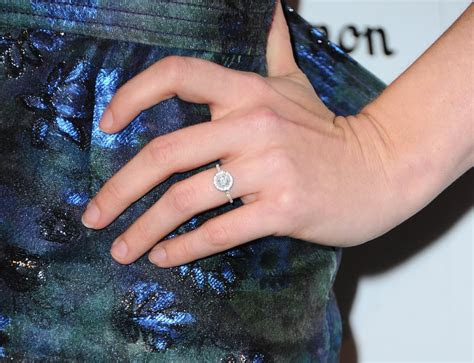 amy adams celebrity engagement rings pictures