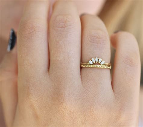 Geometric Wedding Ring   Pattern Gold Ring ? ARTEMER
