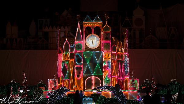 Disneyland Resort, Disneyland, Fantasyland, it's a small world, facade, scaffold, Christmas, Time, Small World Holiday, 60