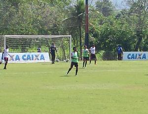Léo Moura em treino do Flamengo (Foto: Jessica Mello)