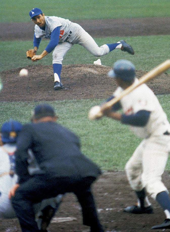 After throwing a shutout in Game 5, Hall of Fame left-hander Sandy Koufax returned on two days rest and did it again, striking out 10 to win the clincher 2-0.
